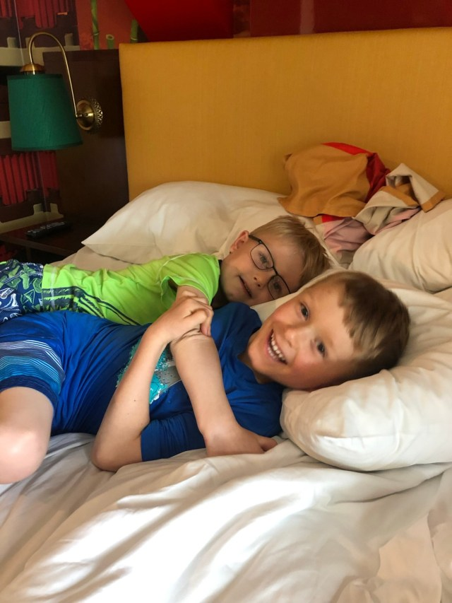 Tips for Traveling with Kids Bed