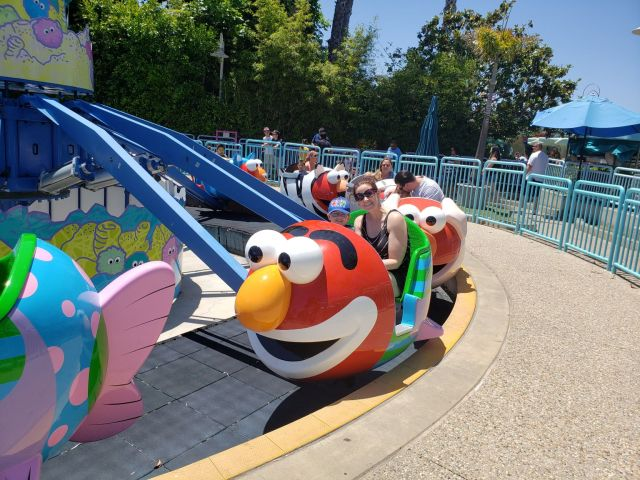 SeaWorld San Diego Elmo