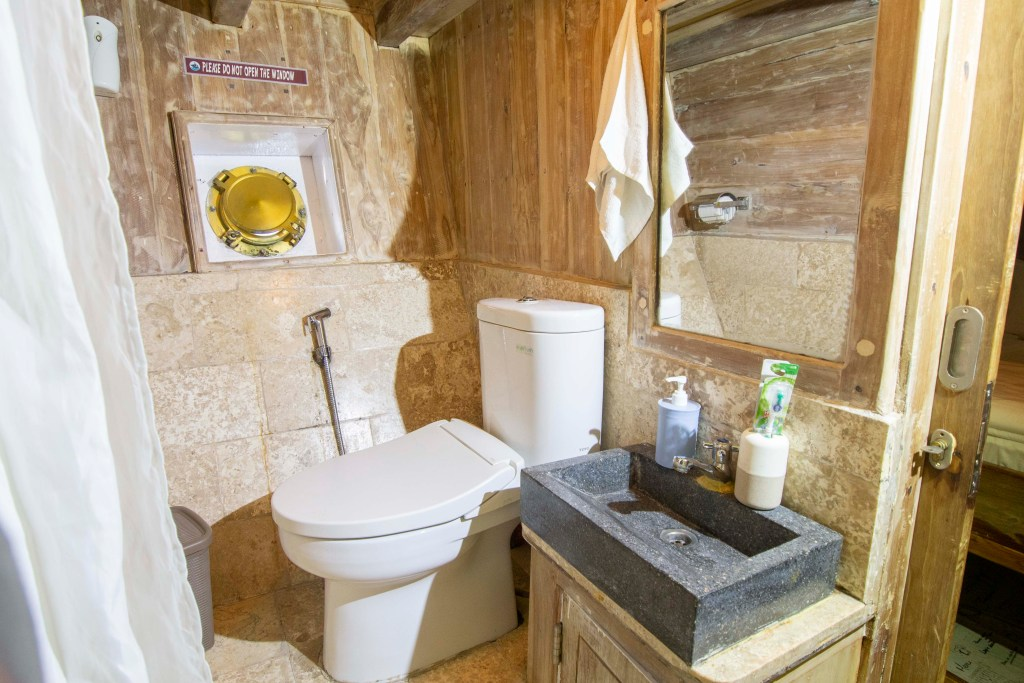 Bathroom Cabin Cajoma IV