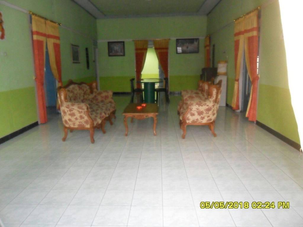 Ruang Tamu 2 Villa Arwina Homestay