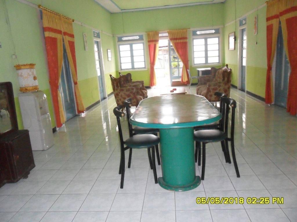 Ruang Tamu Villa Arwina Homestay