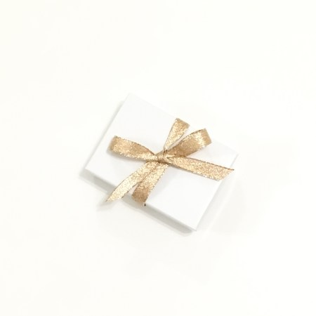 jewelry box, gift wrapping, gold ribbon, packaging,