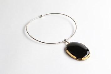 Māris Šustiņš, necklace – silver 925′, onix, gilding