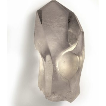 Julia Maria Künnap, brooch, Noblesse oblige - rock crystal, gold