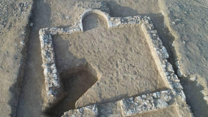 Na lokalitetu su iskopani ostaci džamije na otvorenom sa molitvenom nišom okrenutom prema jugu, odnosno ka Meki [EPA]