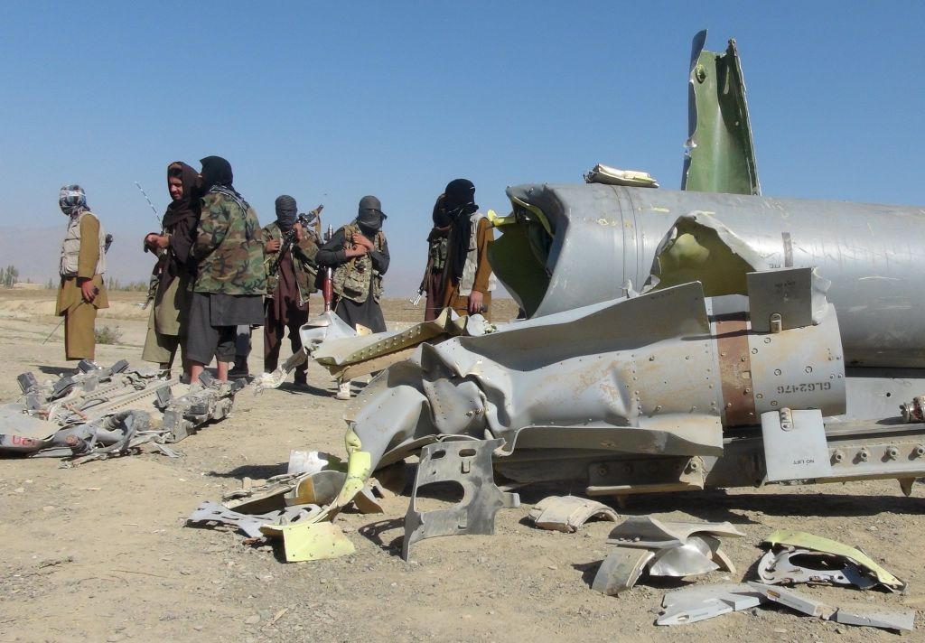 Talibani oborili americki avion