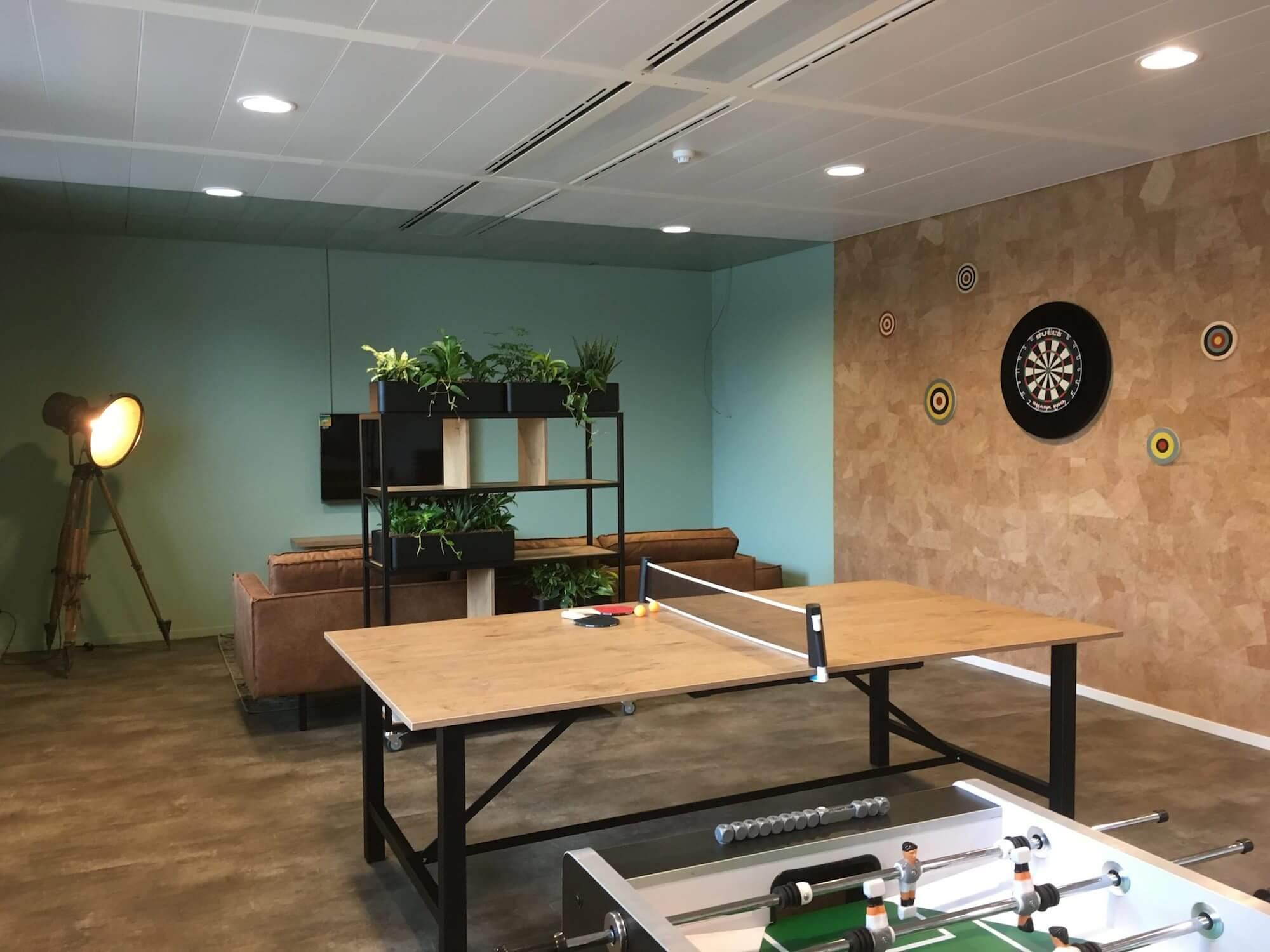 Zakelijk interieuradvies ontwerp en realisatie rabobank Leek Groningen