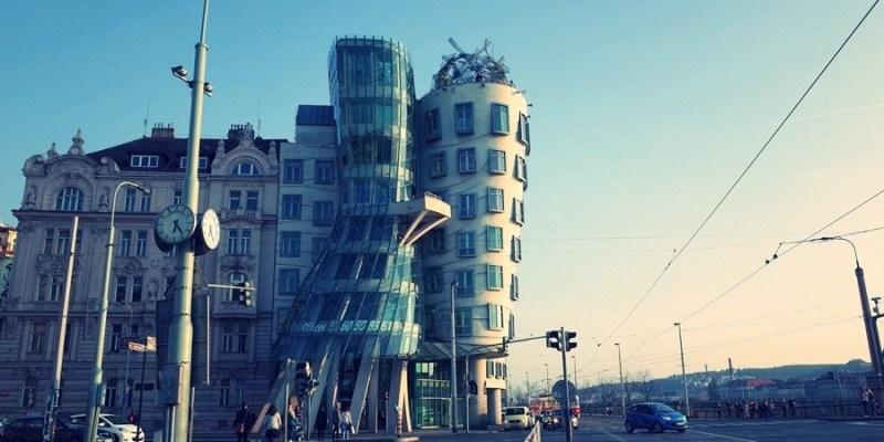 【捷克自助】布拉格。伏爾塔瓦河畔跳舞房子(Dancing House)