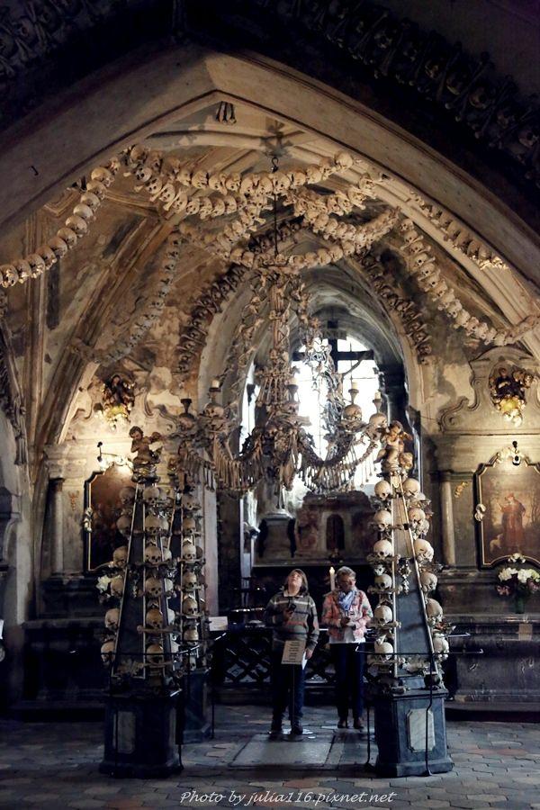 【捷克自助】庫特納霍拉(Kutná Hora)。人骨教堂(Kostnice Ossuary)參觀與交通方式