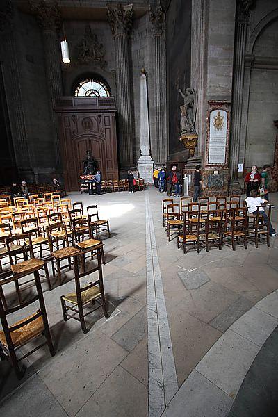 【巴黎自由行】尋找玫瑰線。聖許畢斯教堂
