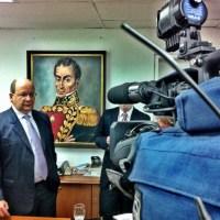 "Vicente Díaz: ""Maduro legalizó e institucionalizó el ventajismo electoral"""
