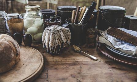hoodoo kitchen set up, traditional ingredients