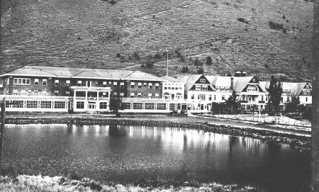 Hot Lake Hotel in 1920s