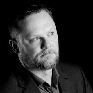 Photo of sci-fi horror author Scott R Jones