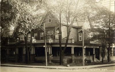 0 1910Pyke (0), George J., house, Melbourne Ave., s.e. corner Cowan Ave.