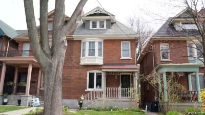 Cowan Ave (168)