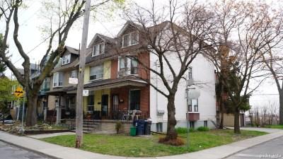Cowan Ave (190)