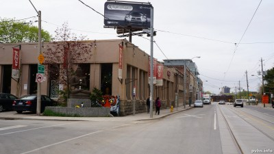 Dufferin St (84)