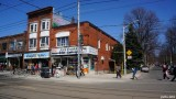 Roncesvalles Ave (106)