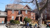 Roncesvalles Ave (110)