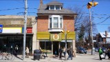 Roncesvalles Ave (142)
