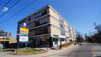 Springhurst Ave (100)
