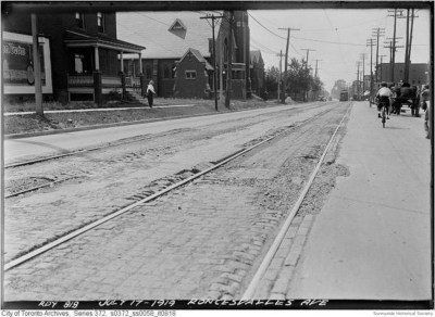 r not Roncesvalles Ave at Wright 1919