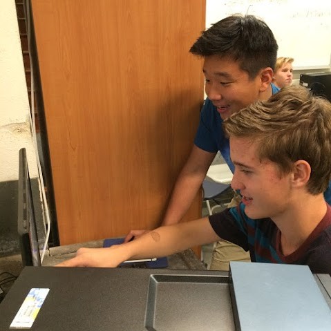 Palos Verdes Institute of Technology | PVIT - Cyberpatriot -- photo of students at computer