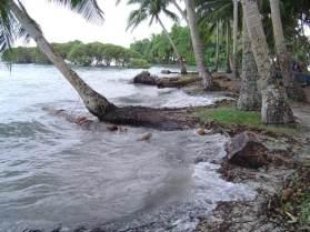 nukutoa-high-tide