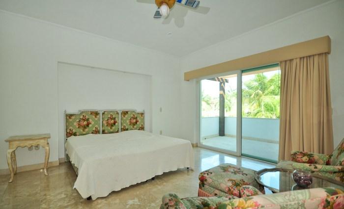 Villa-Miller-Puerto-Vallarta-Real-Estate-13