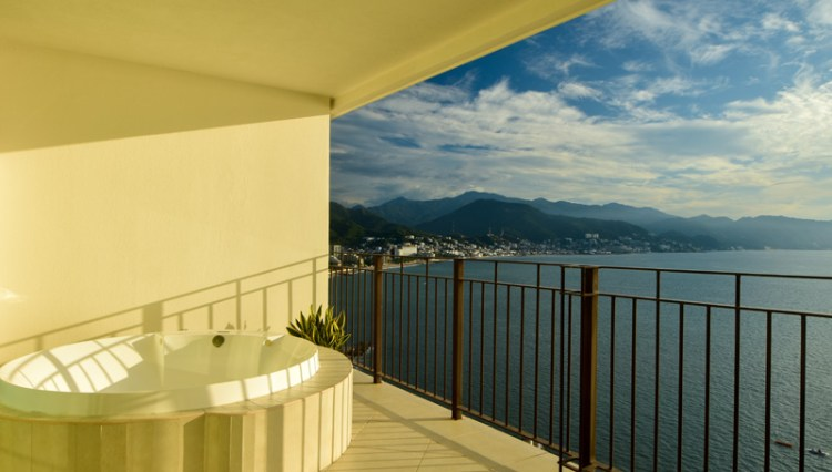 Grand_Venetian_1000_2102_Puerto_Vallarta_Real_estate--14