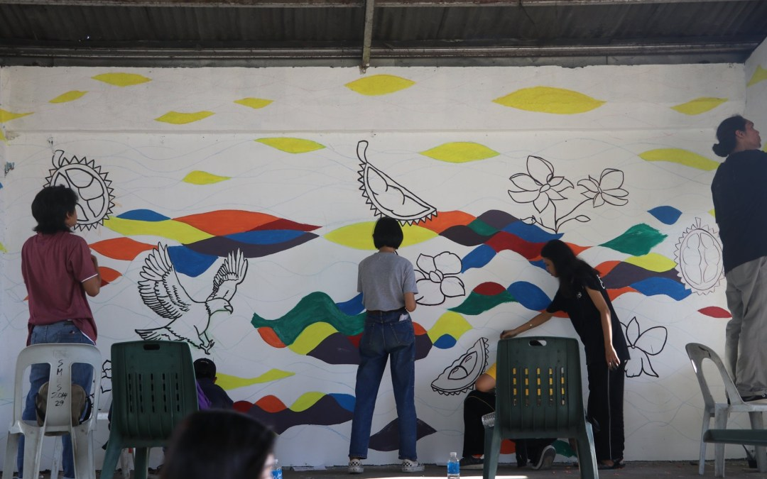 Fine Arts Department leads mural painting project