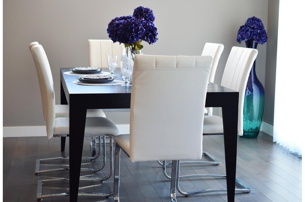la hauteur ideale d une table de salle