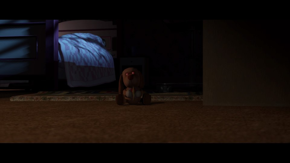 Les passages de l'enfance de Jodie baignent efficacement dans l'horreur