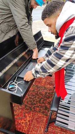 OnePlus Piano en installation