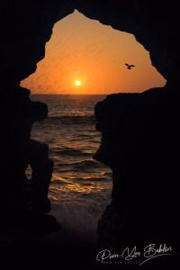 Les Grottes d'Hercule est l'une des attractions touristiques les plus populaires près de Tanger, au nord du Maroc, représentant la carte de l'Afrique.