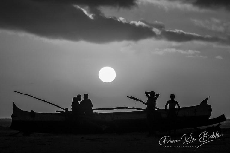 Fin de journée sur la plage de Morondava, Madagascar