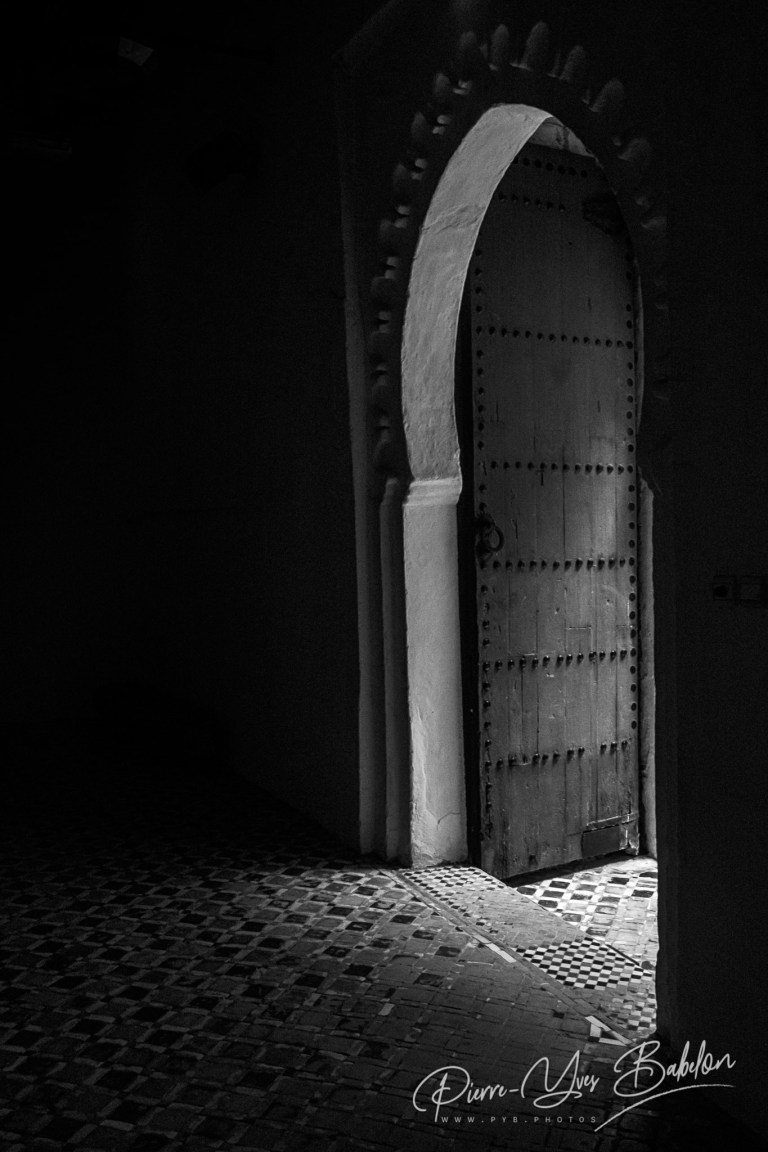 La porte d'entrée du Musée de la Casbah à Tanger, Maroc