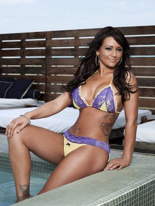 Jwoww hates clothes