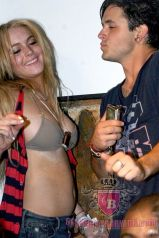 lindsay-lohan-bra-party-candid-01