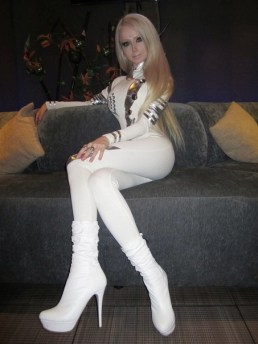 Barbie Russian Valeria Lukyanova 21 years old Valeria-Lukyanova-3