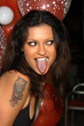nikitadenise-tongue