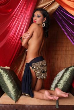 Priya-Rai-Feet-414676