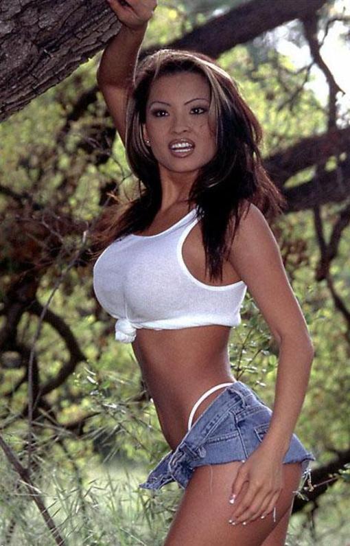 Leanna Scott aka Tila Tequila porn