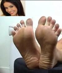 Toes Monica mattos