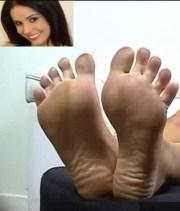 Monica-Mattos-Feet-321336