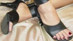 Monica-Mattos-Feet-324989