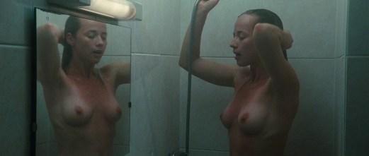 Karine Vanasse nue Switch 03