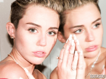 Miley Cyrus topless tits 15