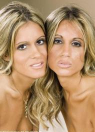 love twins l_4fdc2bc09f41132e8ee535152d414886